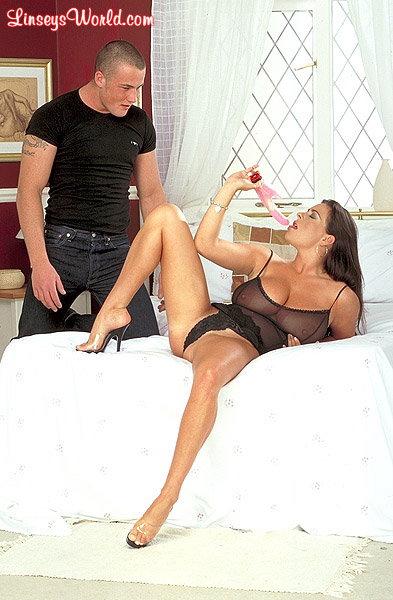 Linsey Dawn With Guys S First Hardcore